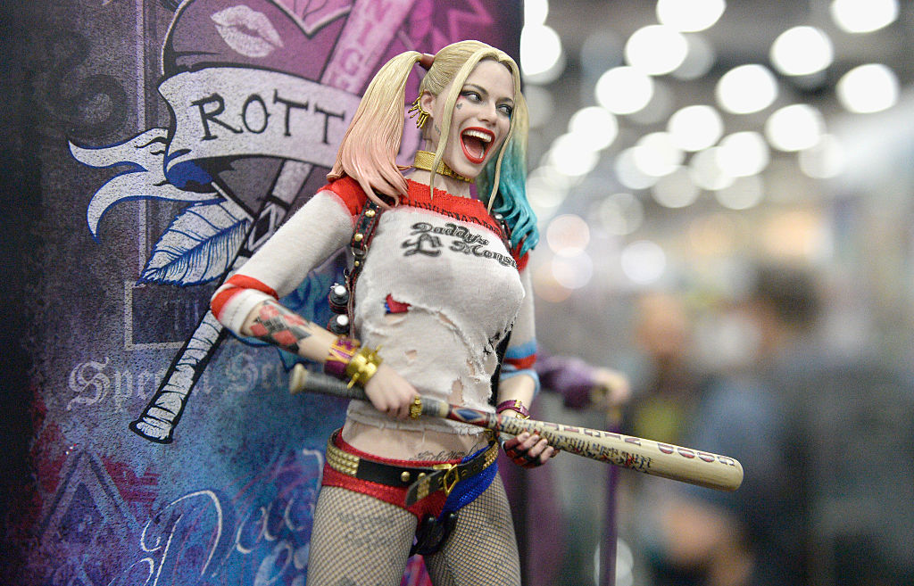 Is The Injustice 2 Teaser A Precursor To Harley Quinns Entry Director Ed Boon Asks Fans Pick Out Red Hood TV Movie ASZ News