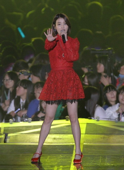 K-Pop singer IU performs at the 2013 MelOn Music Awards.